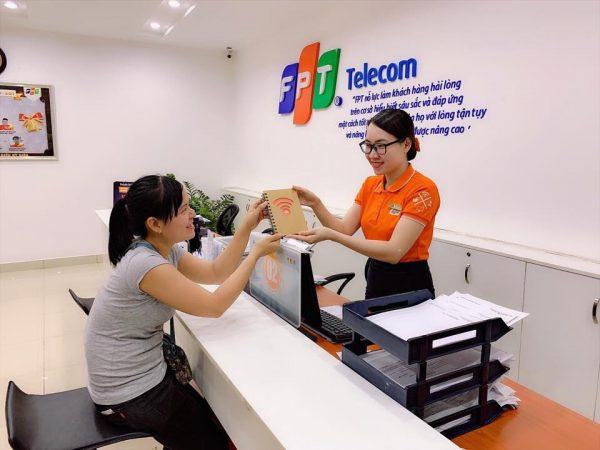 Lắp mạng FPT Bình Thạnh hân hạnh phục vụ quý khách.