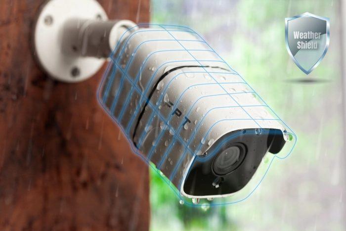 Camera FPT ngoài trời sử dụng chuẩn kháng bụi, kháng nước và chống nhiệt độ cao.