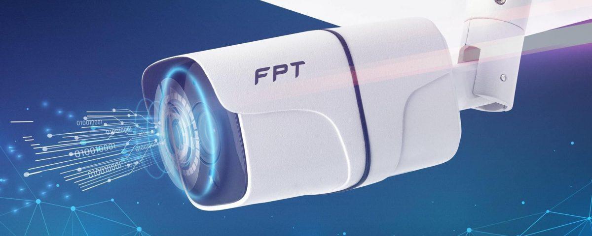 Camera ngoài trời - Một trong 2 sản phẩm camera của FPT Telecom.