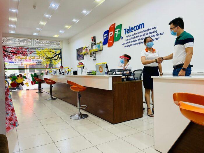Việc cam kết giữa khách hàng và nhà mạng FPT là trách nhiệm của cả hai.