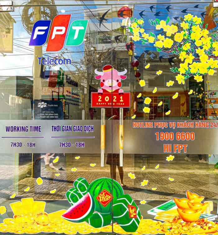 Khách hàng có thể gọi điện bất kỳ lúc nào để được gặp tổng đài FPT Quận 5.